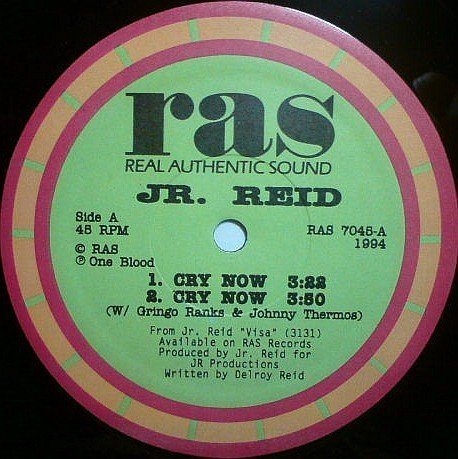 Barrington Levy - Cry Now / Looking My Love