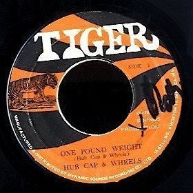 Byron Lee And The Dragonaires - One Pound Weight / Chin To Chin