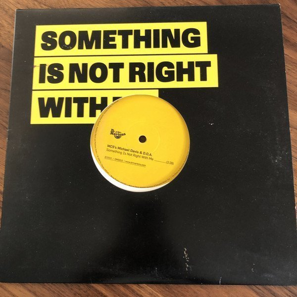 Doa - Something Is Not Right With Me