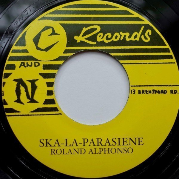 Lee Scratch Perry - Ska-La-Parasiene / Please Don