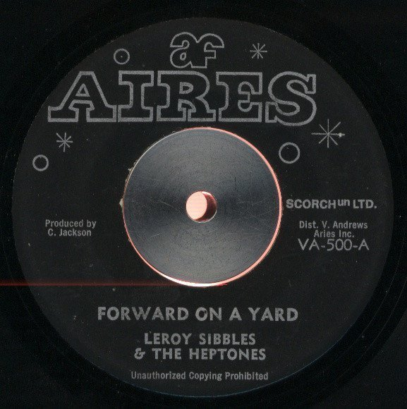 The Heptones - Forward On A Yard